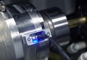 blue-light-sensor-on-bar-spindle